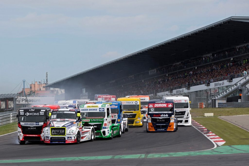 скриншот из игры FIA European Truck Racing Championship