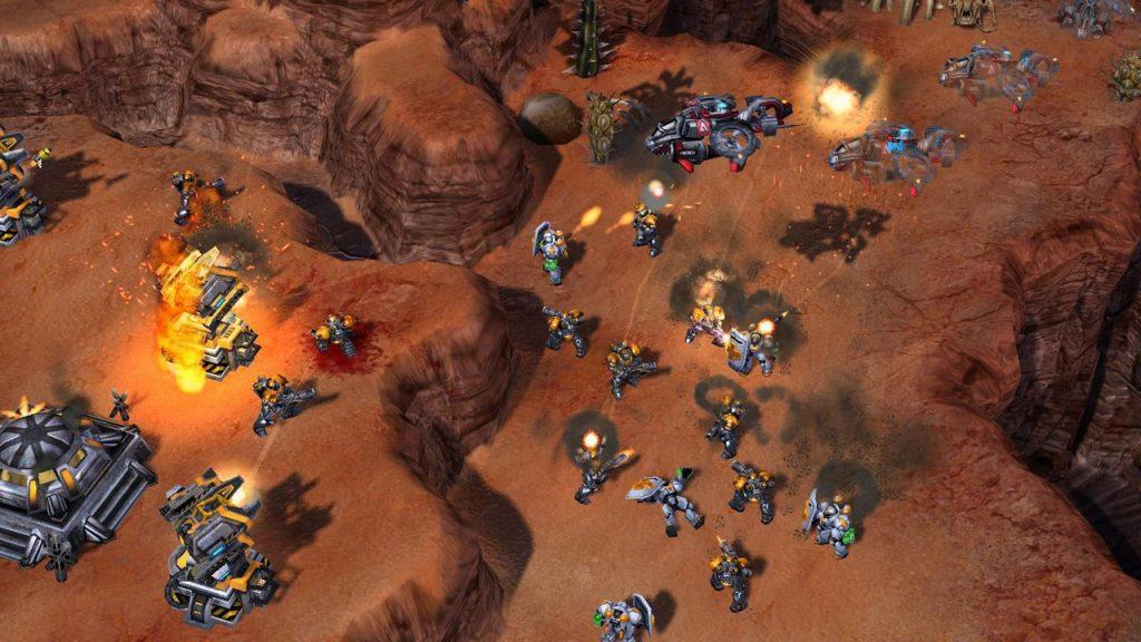скриншот из StarCraft II